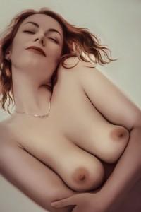 erotica-1245514_960_720